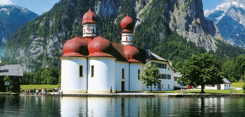 Berchtesgadener Land_St. Bartholomew's Church on Lake Königssee.jpg